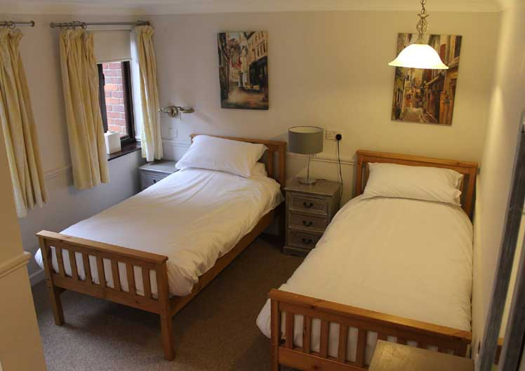 The Gillingham Swan Motel Rooms